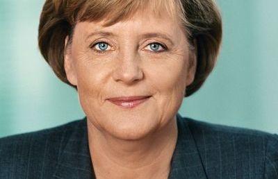 A német kancellár szerint fontos figyelni a zsidó vezetők félelmeire