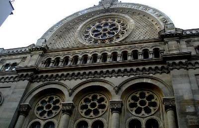 A második világháború óta nem fordult elő hasonló: bezárták a párizsi zsinagógát