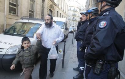 Többezer rendőr vigyáz a francia zsidókra