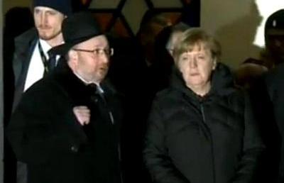 Hosszasan tárgyalt a zsidó hitközségi vezetőkkel a német kancellár