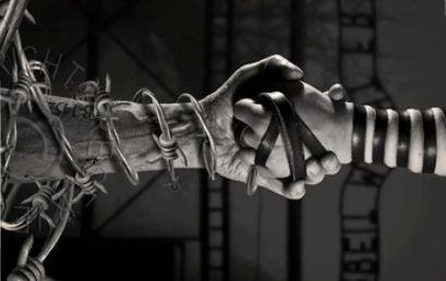 Izraeli Nagykövetség: Még a legsötétebb időkben is lehetséges embernek maradni egy embertelen világban (Videóval)