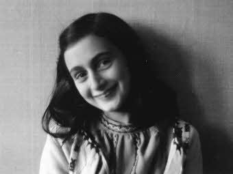 Anne Frank naplójából olvasnak fel az olasz labdarúgó bajnokság összes hétvégi meccse előtt
