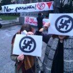 Több ezren tüntettek a szlovák parlamentbe jutó antiszemita párt miatt