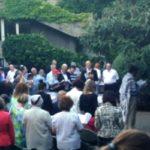 Szabadtéren köszöntik Sziván hónap utolsó Szombatját a Frankelben
