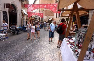 A zsidó kultúra ünnepét tartották a Kazinczy utcában