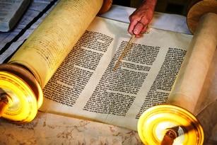 Heti kommentár: A Tóra és az aratás ünnepe
