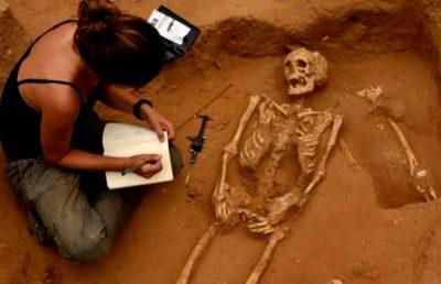 Filiszteus temetőt tártak fel a régészek Ashkelonban