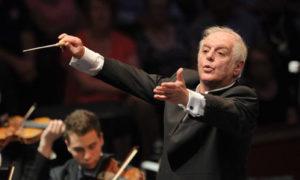 A Budapesti Fesztiválzenekar és Daniel Barenboim a Dohány zsinagógában koncertezik