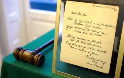 Anna Frank kézírásos verse 140 ezer euróért talált gazdára