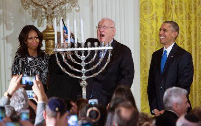 Sokan voltak Barack Obama utolsó Fehér Házban megünnepelt Hanukáján