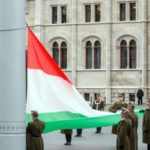 Félárbócra eresztették a nemzeti zászlót a veronai tragédia miatt