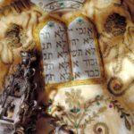 Hetiszakaszunk és a tízparancsolat