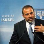 Izrael védelmi minisztere felekezeteken átívelő összefogást sürget a terror ellen