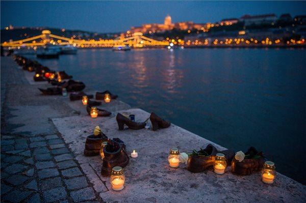 Ma volt a holokauszt magyarországi áldozatainak emléknapja