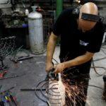 Leleményes zsidóság: gázai rakétákból készít hanukiákat egy izraeli művész