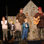 Gyerek Hanuka a Goldmarkban a Kalap Jakab zenekarral