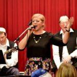 Ismét a Klezmerésszel hanukázott az újpesti közösség