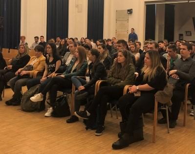 Szakmai napot tartott a BZSH Külker Gimnázium a Goldmark teremben