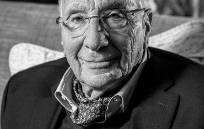 Elhunyt Ungvári Tamás