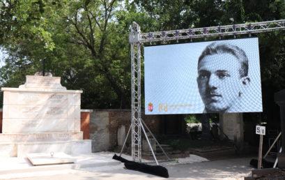 Hajós Alfréd felújított síremlékénél emlékeztek a Makkabi Játékok alkalmával