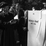 Felavatták Székhelyi József sírkövét