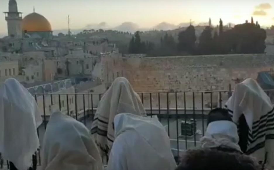 Szűk létszámban került sor ma reggel a kohaniták áldására Jeruzsálemben (Videóval)