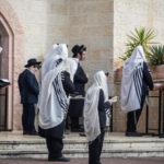 Szállodákba menekítik a vallásos zsidókat Bnei Brakból