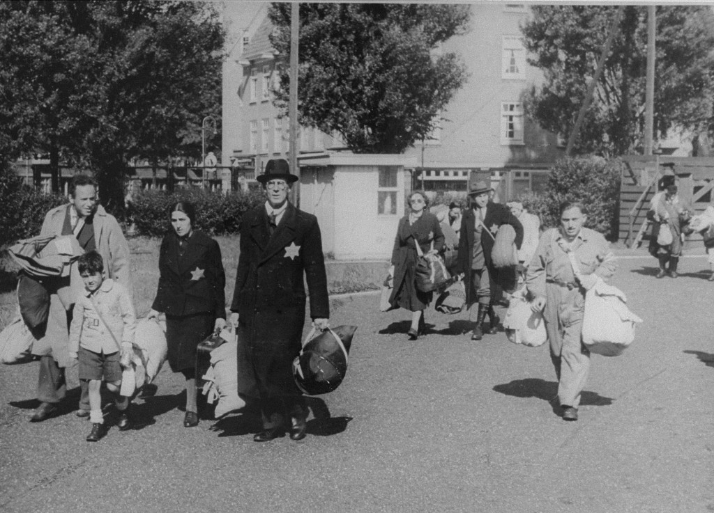 Hetvenöt év után először ismerik el felelősségüket a holokausztért a holland protestánsok