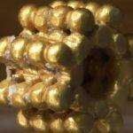Háromezer éves aranygyöngyöt találtak Jeruzsálemben
