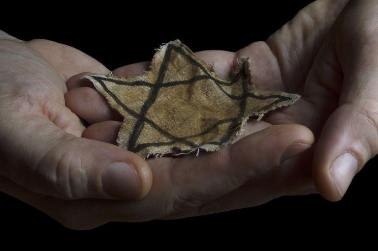 Az elmúlt hónapban olyan hat holokauszt-túlélő halt meg Európában, akik sokat tettek az emlékezésért