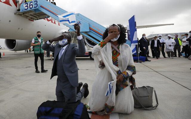 Háromszáz etióp bevándorló érkezett Izraelbe