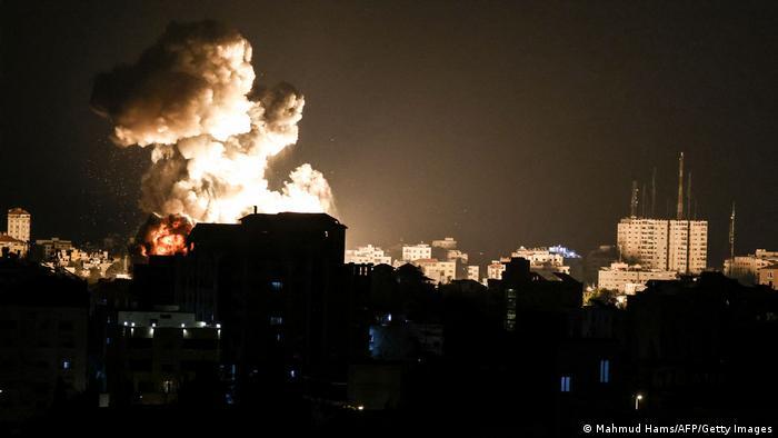 Szerda este újabb intenzív rakétatámadást mért a Hamász Izraelre