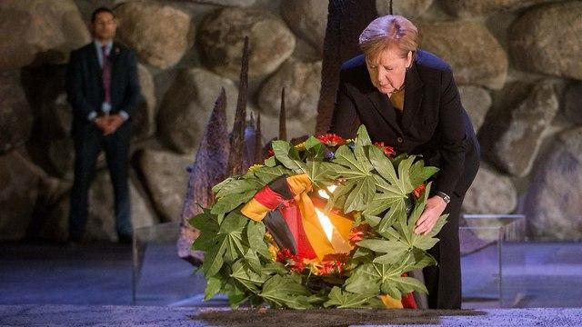 A német kancellár vasárnap a Jad Vashemben rója le kegyeletét a holokauszt áldozatai előtt